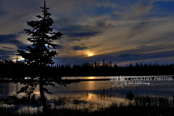 sunset at Lily Lake in Idaho, predominated by blue tones